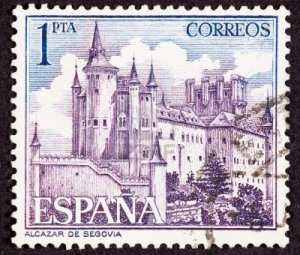 9003735-the-alcazar-of-segovia-literally-segovia-castle-is-a-stone-fortification-located-in-the-old-city-of-