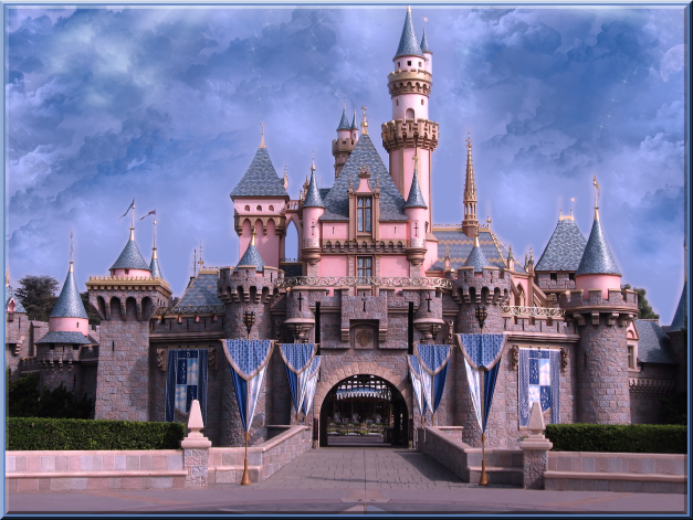 sleeping_beauty_castle_dl_by_wdwparksgal-d1t3kyd